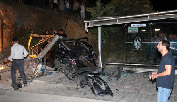 Maltepede trafik kazası: 1 ölü, 2 yaralı