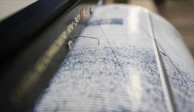 Manisada 5,4 deprem!