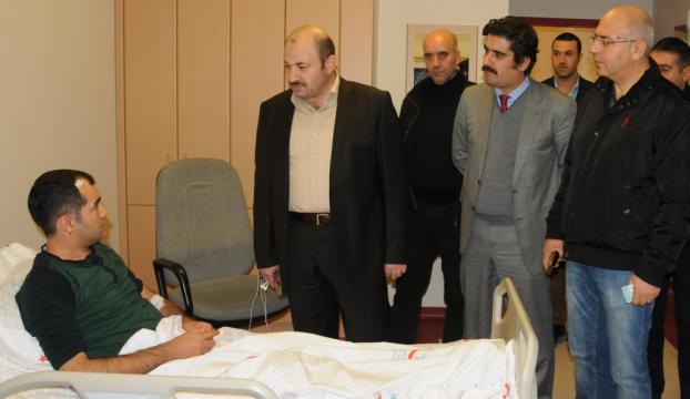 Mardinde bir doktor, hasta ve yakınlarınca darbedildi