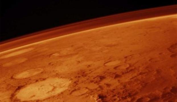 Marsta heyecan uyandıran iki keşif