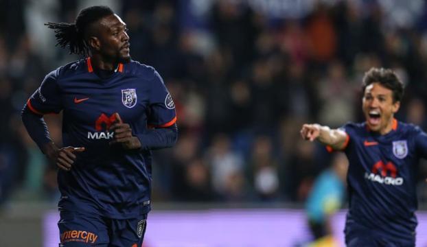 Medipol Başakşehir, Galatasarayı 4 golle geçti