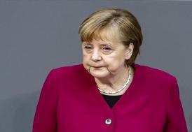 """Merkel: """"NATO 2030 konsepti, karşı karşıya olduğumuz tüm zorluklara cevap sağlıyor"""""""