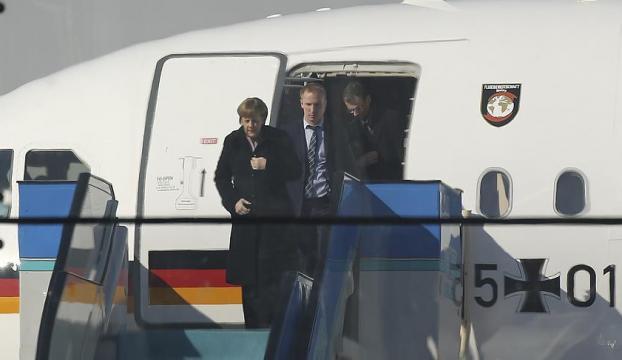 Ankaraya gelen Merkelin çantasında neler var?