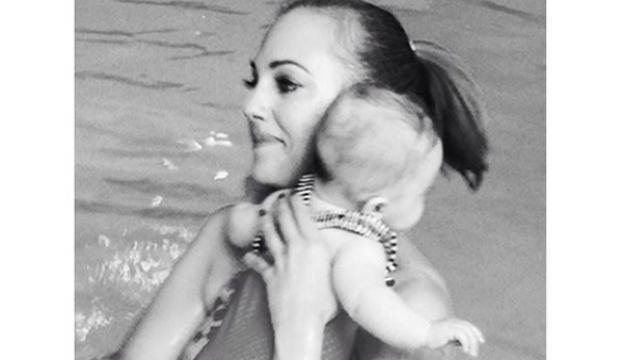 Meryemin havuz keyfi!