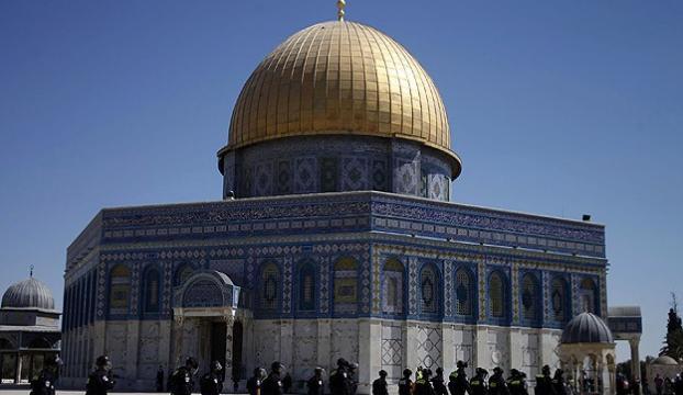 Mescid-i Aksada iki yılda 97 Batılı Müslüman oldu