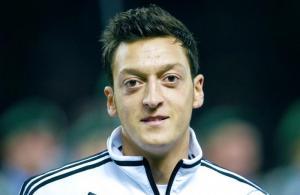 Mesut Özil baba oldu