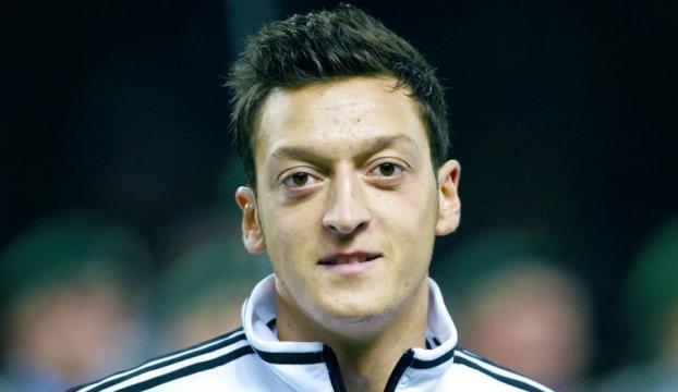 Mesut Özil eleştirilere yanıt verdi