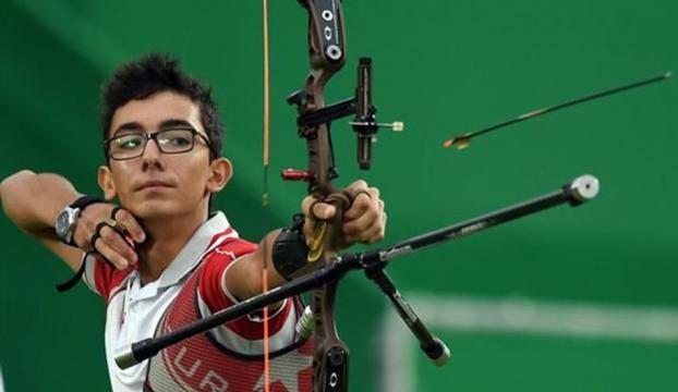 Mete Gazozdan dünya ikinciliği