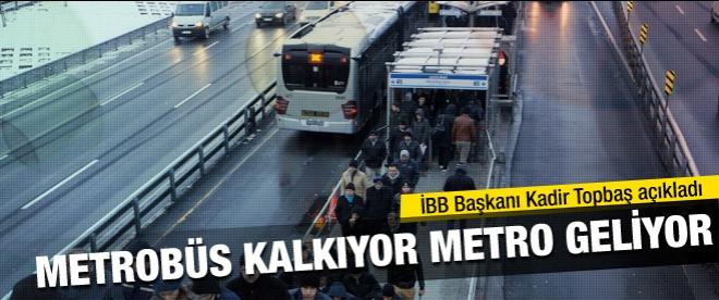 Metrobüs kalkıyor metro geliyor