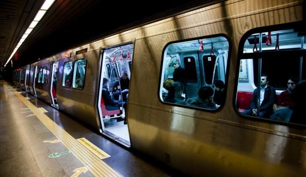 Kartal metrosunda intihar girişimi