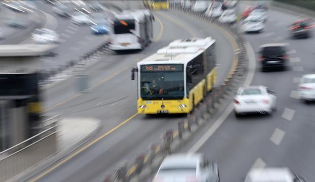 GÜNCELLEME - Beylikdüzünde metrobüs kazası