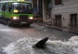 İstanbul'da toplu taşımada iptaller