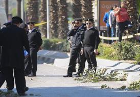 Mısır'da otobüsü taradılar, 23 kişi öldü