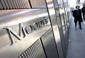 """Moody's, Avrupa bankalarının görünümünü """"negatife"""" çevirdi"""