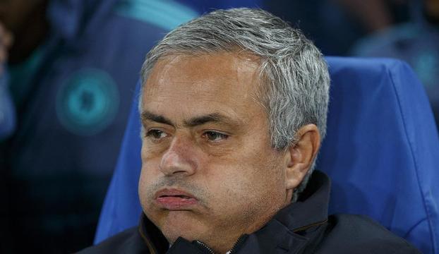 Mourinhodan Chelsea taraftarına cevap