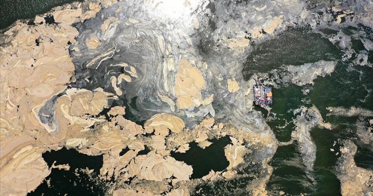 Marmara Denizi'nden 9 bin 959 metreküp müsilaj bertaraf edildi