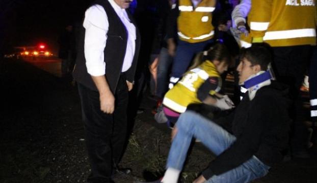 Muşta feci kaza: 15 yaralı