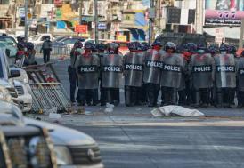 Myanmar'da güvenlik güçleri protestoculara karşı gerçek mermi kullandı: 10 ölü