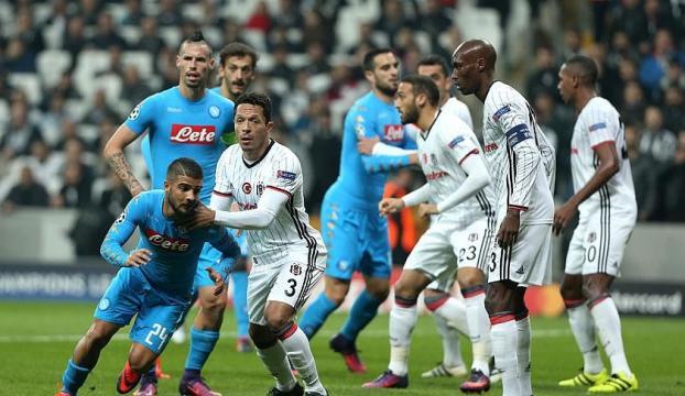 Beşiktaş Napoliyi deviremedi