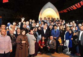 Necati Şaşmaz, Üsküdar Belediyesi'nin iftar programına katıldı
