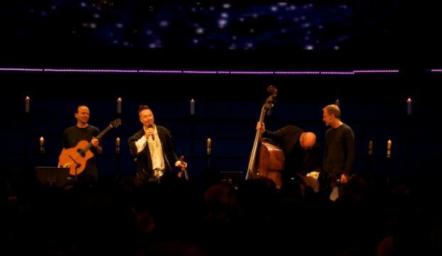 Keman virtüözü Nigel Kennedy İzmirde konser verecek