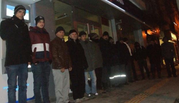 TOKİ konutları için dondurucu soğukta nöbet
