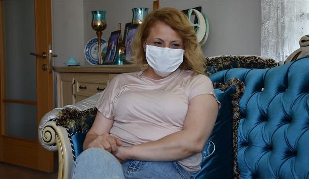 Kovid-19u yenmenin mutluluğunu yaşayan ebe Nurdan Akyüz Eren: Hala nefes almakta zorluk çekiyorum