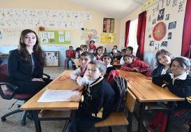 """Okullarda 'Yardımcı Kitaplar""""a yasak"""