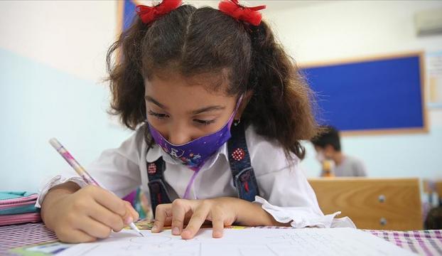 İlkokullar, 8. ve 12. sınıflar 12 Ekim Pazartesi yüz yüze eğitime başlıyor