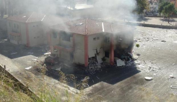 Okul binasında patlama