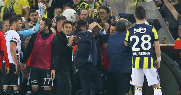 Fenerbahçe - Beşiktaş derbisinde olaylar çıktı