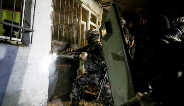 Güvernlik güçleri teröristlere nefes aldırmıyor