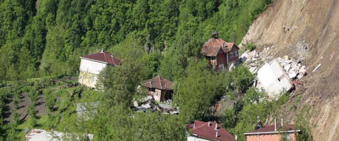 Orduda 61 bina ve 80 konut tahliye edildi