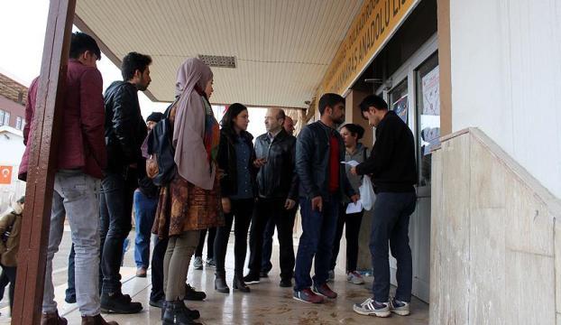 Nüfus müdürlükleri, YKSye girecek öğrencilerin kimlik kartı başvuruları için cumartesi açık olacak
