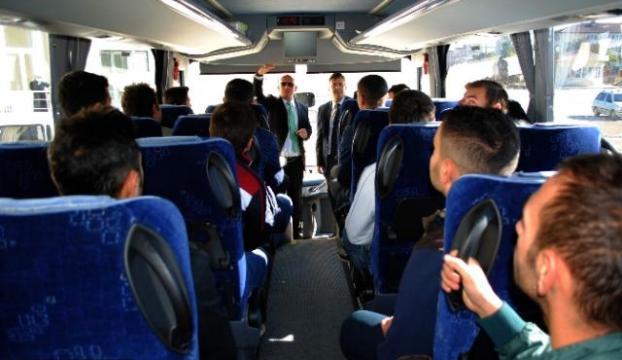 Otobüs kaptanlığı öğrencilerine uygulamalı ders