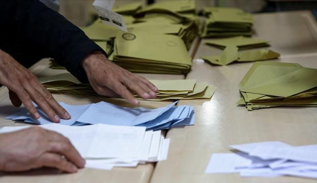 YSK Maltepedeki tüm oy sayımlarının iptali yönündeki kararı kaldırdı