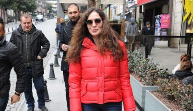 Ata Demirer ile Özge Borak çifti ayrılık kararı aldıklarını açıkladı