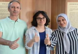 Düzenli ve disiplinli çalışarak Türkiye birincisi oldu