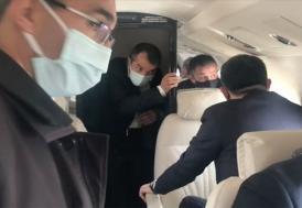 Bakan Pakdemirli'nin içinde bulunduğu uçak arızalanarak Erhaç Havalimanı'na zorunlu iniş yaptı