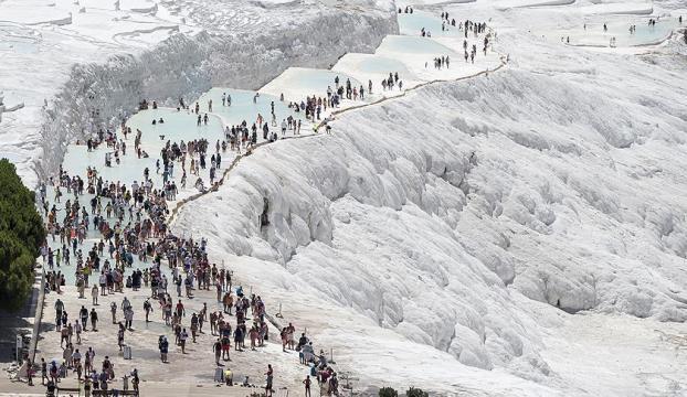 Pamukkale'de turist sayısı yüzde 46 arttı