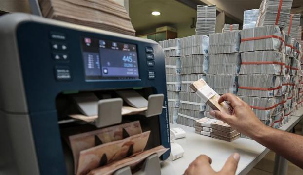 TL mevduat hesaplarından alınan vergi oranları düşürüldü
