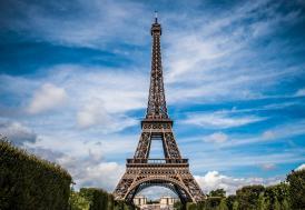 "Paris'te ""kara cuma"" yaşandı"