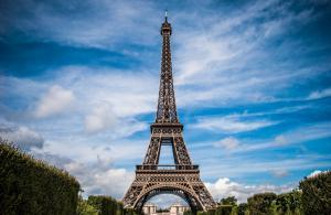 Fransa'da bir yılda bir milyon kişi sigarayı bıraktı