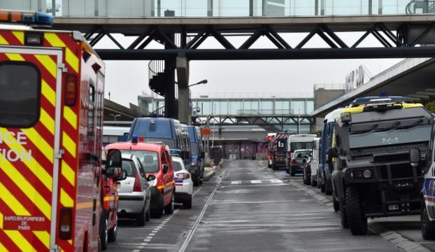 Paris Orly Havalimanındaki saldırı