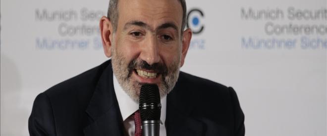 Ermenistan ordusu, Başbakan Paşinyanın istifası için bildiri imzaladı