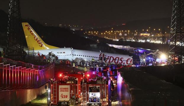 Sabiha Gökçen Havalimanında yolcu uçağı pistten çıktı: 3 kişi hayatını kaybetti