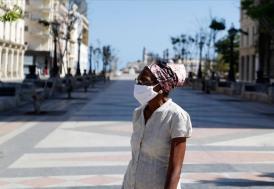 Peru'da kadınlar farklı erkekler farklı günlerde dışarı çıkabilecek