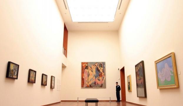 Picassoya ait olduğu düşünülen ve 50 yıl ABDde bir dolapta saklanan tablo satıldı