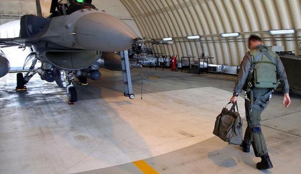 İncirlik üssünde pilotlara FETÖ operasyonu