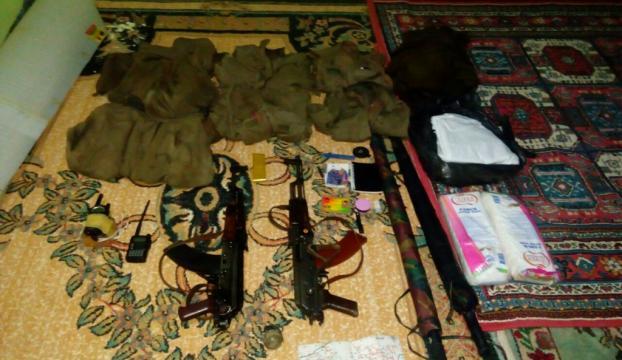 PKKlı teröristler silahlar ve mühimmatı camiye gizlemiş